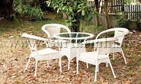 صندلی پلاستیکی حیاط