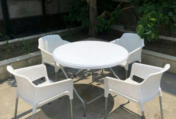 میز و صندلی پلاستیکی شیک